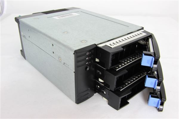 GRAFENTHAL 2x 5,25'' 3x 3,5'' HOT SWAP BAY EXPANSION UNIT FOR SAS AND SATA HDD / SSD 12GB